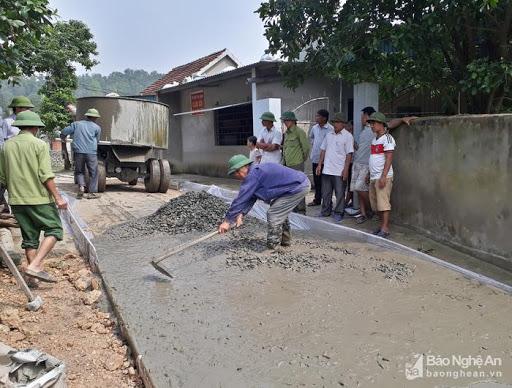 Máy trộn bê tông Trường Phát 9 bao 2 cầu - làm việc tại Nghệ An