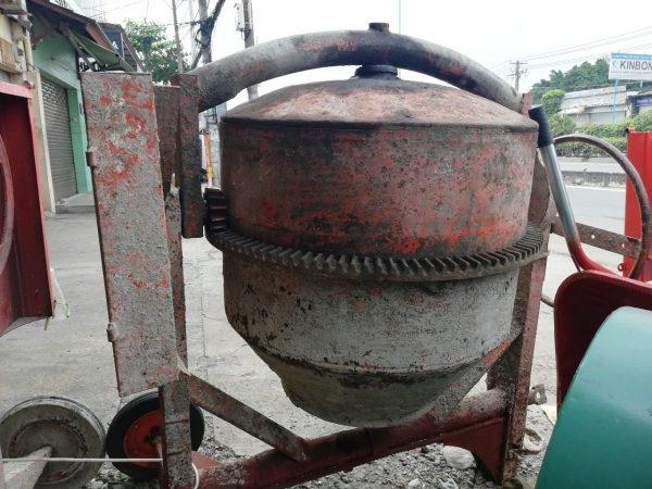 Máy trộn bê tông cũ giá rẻ